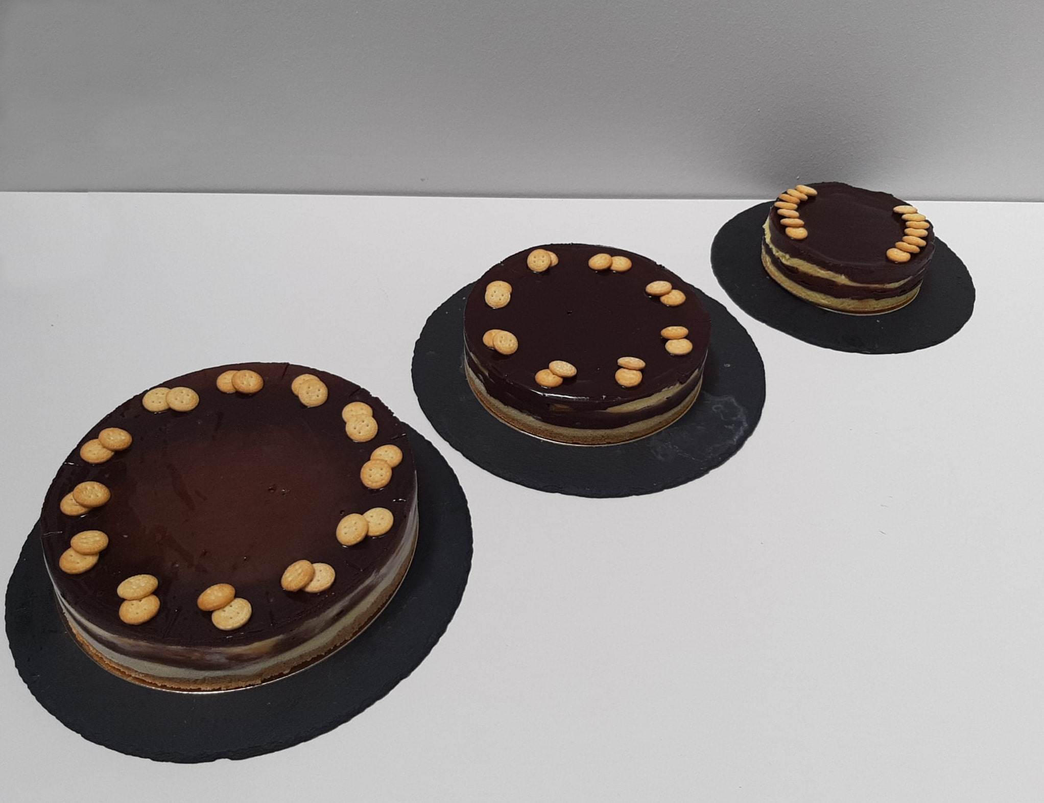 tartas de chocolate y galletas en sevilla
